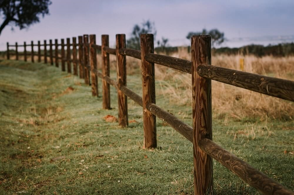 Choosing the Right Fence for Your Farmland