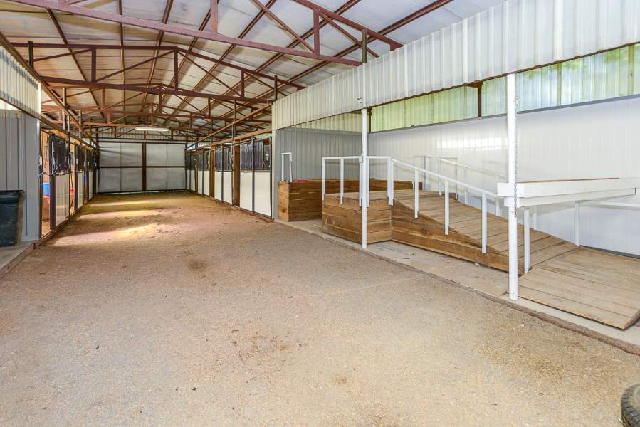 681 Rabbit Branch Rd, Shelbyville, Tennessee 37160, ,Farm,Under Contract,681 Rabbit Branch Rd,104027