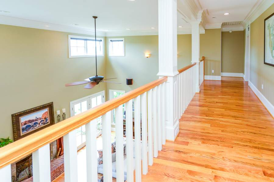 Connects 4 Bedrooms all  w/Walk-Ins