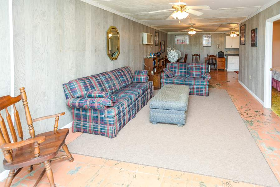 143 Coble Rd, Shelbyville, TN, Shelbyville, Tennessee 37160, ,Farm - Horse,Under Contract,143 Coble Rd, Shelbyville, TN,181999